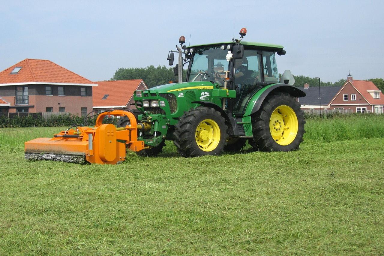Planujesz zakup ciągnika lub maszyny rolniczej? Skorzystaj ze wsparcia